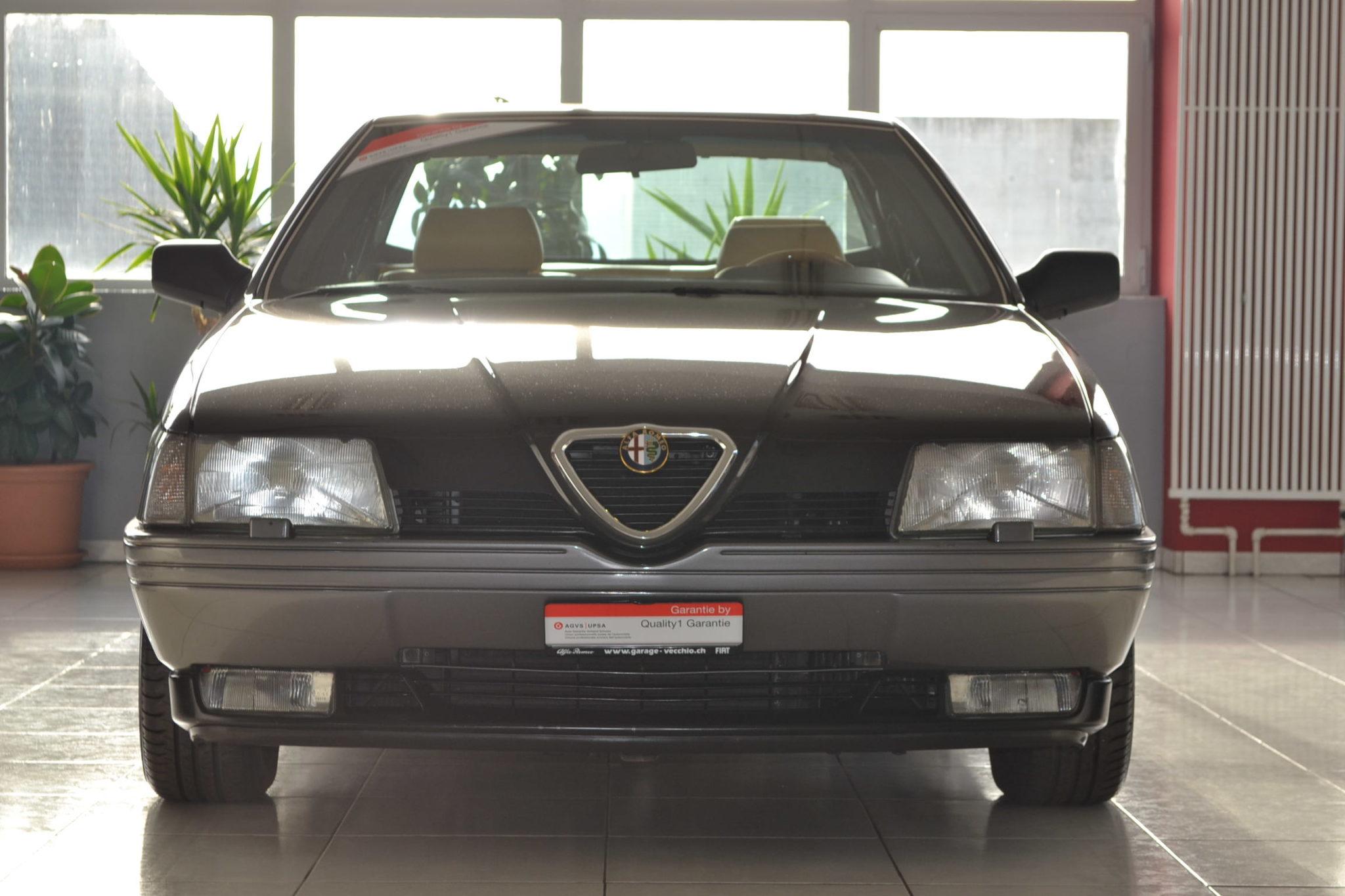 Alfa romeo 164 2 0 v6 turbo nero mettalizzato garage for Garage alfa romeo antony
